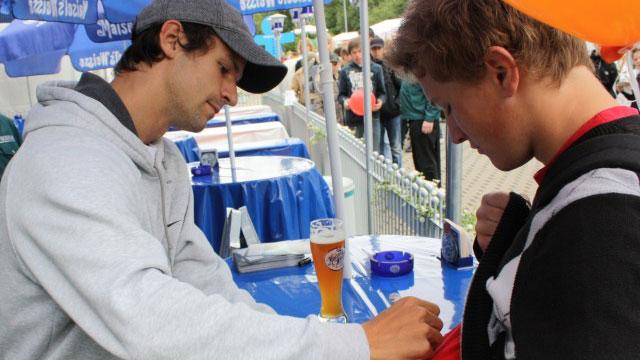 Philipp Petzschner bei der Autogrammstunde