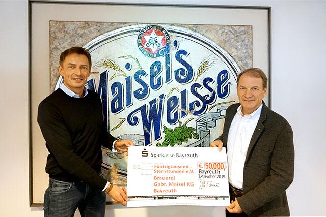 Jeff Maisel überreichte wie in jedem Jahr den Spendenscheck persönlich an Thomas Jansing