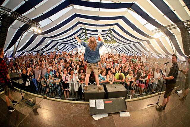 Domml auf der Bühne
