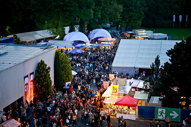 Luftaufnahme des Maisel's Weissbierfest
